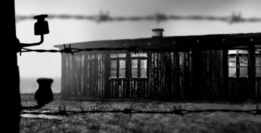 Obóz dwóch totalitaryzmów